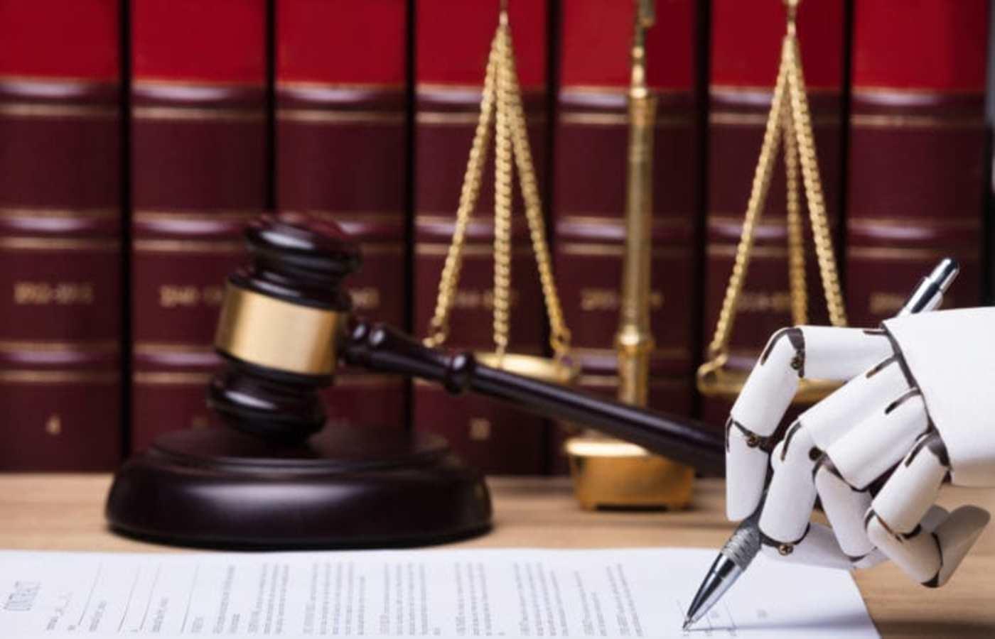ai-judge-gavel-750x450-min11400x900-mmmmmm.jpg