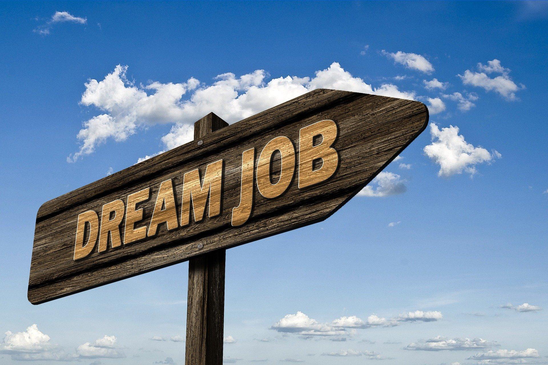 dream-job-29047801920-geralt.jpg